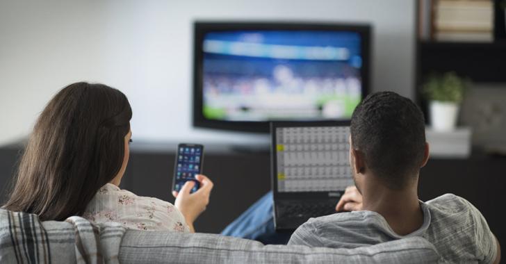 Cosa accettiamo quando mettiamo in casa una smart TV?