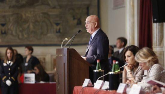 Relazione annuale, Antonello Soro 'Piattaforme web un oligopolio. A rischio la sovranità degli Stati'