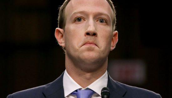 Mark Zuckerberg sottovaluta la privacy, Facebook di nuovo nella bufera