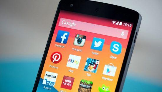 Privacy, 50 organizzazioni mondiali contro i bloatware su Android: Google intervenga