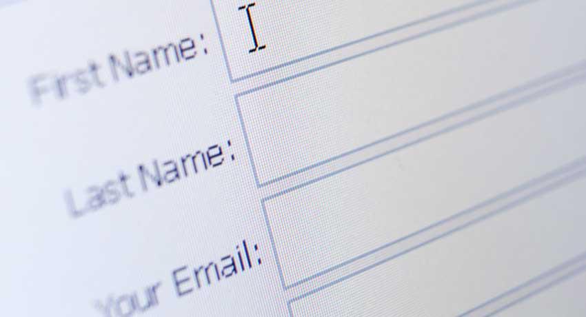 Pubblicità online, Garante Privacy: 'Stop alla raccolta punti acchiappa consensi'