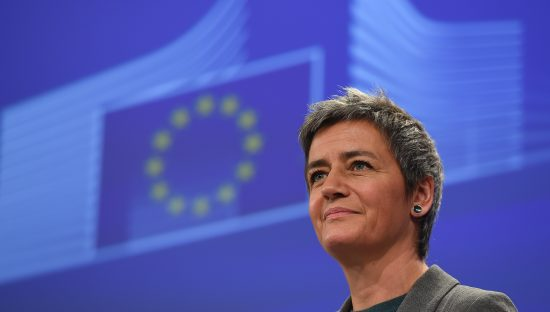 Digital Services Act, il pacchetto Ue per arginare lo strapotere dei GAFA