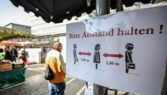 Covid-19, Germania studia certificato sanitario digitale per chi guarisce