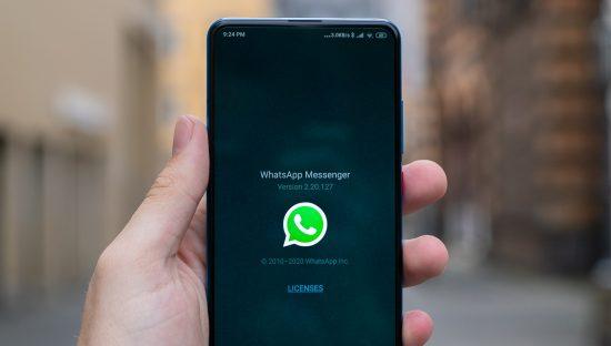 Whatsapp posticipa l'aggiornamento della privacy